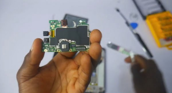 Infinix Hot 10 Lite Teardown: Incredible Inside View of the Best Affordable Phone of 2020