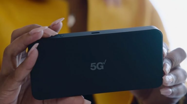 Apple to release iPhone SE 3 with 5G in Q1 of 2022